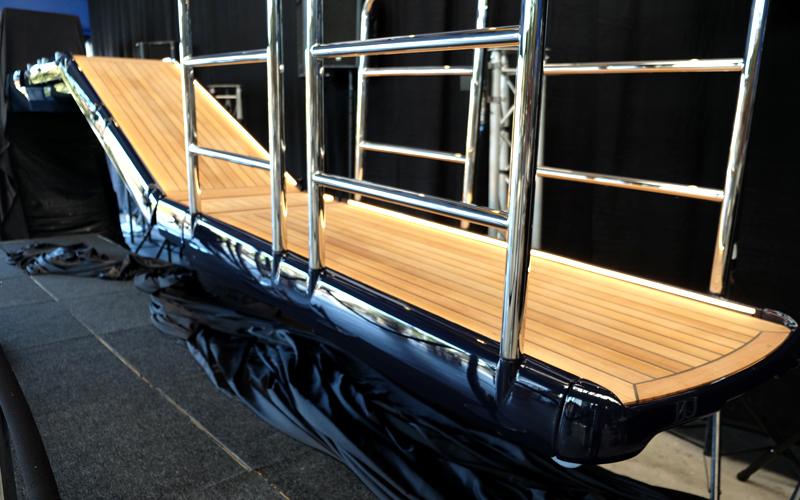 Akerboom Yacht Equipment Passerelle